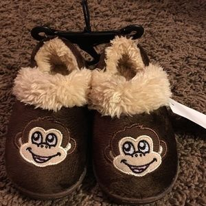 Other - Kid slippers